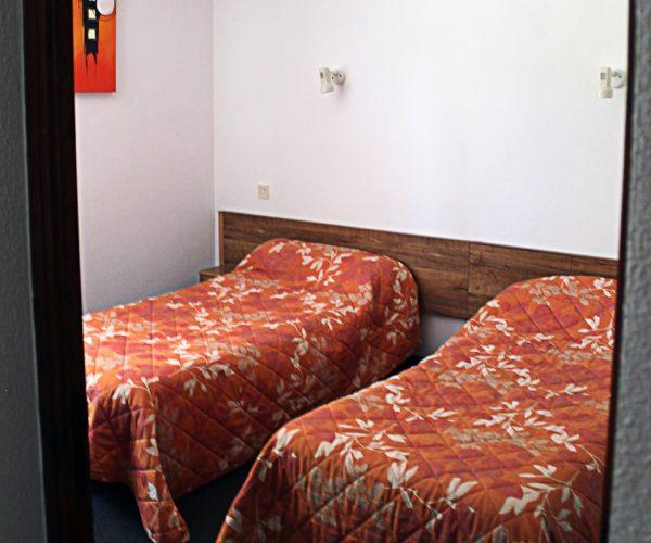 chambres-hotel-nampont-saint-martin-la-peupleraie-valloires-lits-jumeaux.jpg