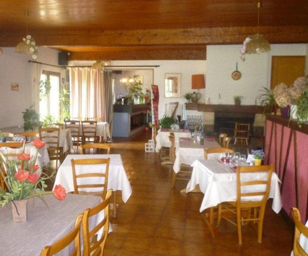 restaurant-hotel-nampont-saint-martin-la-peupleraie-valloires-salle.jpg